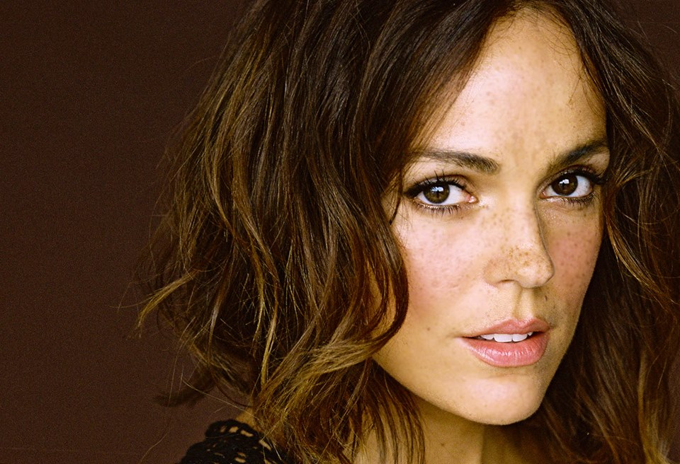 Erin Cahill (Jen from Power Rangers Time Force) appeared ...